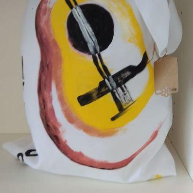 bolso pintado a mano guitarra
